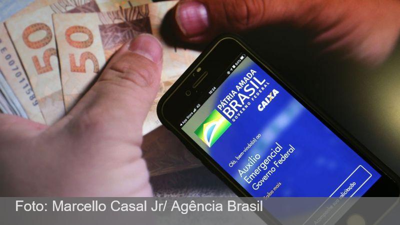 Ao Vivo:  Caixa Econômica vai antecipar calendário do auxílio emergencial