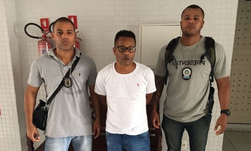 Chefe do tráfico no Rio é preso na Bahia em apartamento de luxo